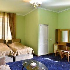 Отель Dghyak Pansion Дилижан комната для гостей фото 5