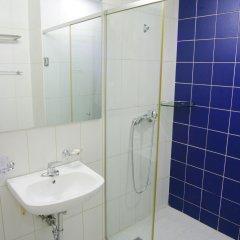 Отель aPM Residence ванная фото 2