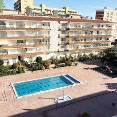 Отель Apartaments AR Lotus Испания, Бланес - отзывы, цены и фото номеров - забронировать отель Apartaments AR Lotus онлайн бассейн