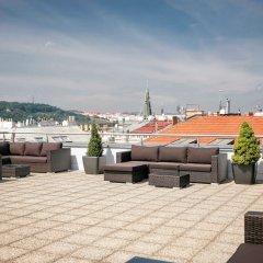 Отель Novotel Praha Wenceslas Square бассейн фото 3