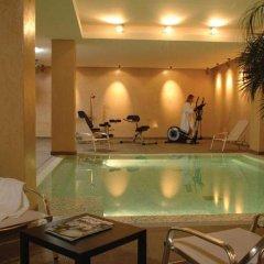 Отель Appart'City Lyon Part Dieu бассейн