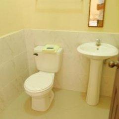 Hotel Cuna Maya Копан-Руинас ванная