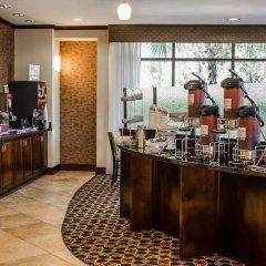 Отель Comfort Suites Saraland питание фото 3
