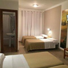 Отель Hostal Puerto Beach Испания, Мотрил - отзывы, цены и фото номеров - забронировать отель Hostal Puerto Beach онлайн комната для гостей фото 5