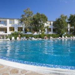 Отель Strandja Болгария, Золотые пески - отзывы, цены и фото номеров - забронировать отель Strandja онлайн бассейн фото 2