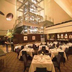 Отель Mandalay Bay Resort And Casino фото 9