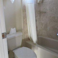 Отель Metropolitan Inn & Suites США, Лос-Анджелес - отзывы, цены и фото номеров - забронировать отель Metropolitan Inn & Suites онлайн ванная