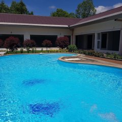 Zabu Thiri Hotel бассейн