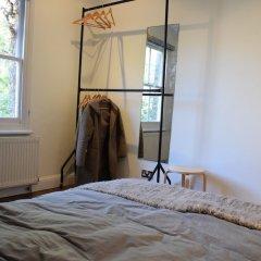Отель 2 Bedroom Property in Brixton Великобритания, Лондон - отзывы, цены и фото номеров - забронировать отель 2 Bedroom Property in Brixton онлайн комната для гостей фото 4