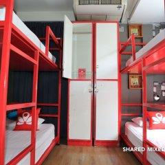 Zen Hostel Decho Road Бангкок сейф в номере