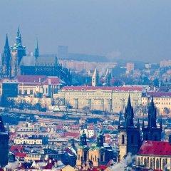 Отель Clown and Bard Hostel Чехия, Прага - отзывы, цены и фото номеров - забронировать отель Clown and Bard Hostel онлайн городской автобус