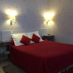 Отель Hôtel Les Chansonniers Франция, Париж - отзывы, цены и фото номеров - забронировать отель Hôtel Les Chansonniers онлайн комната для гостей