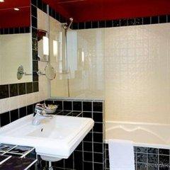 Отель Newhotel Vieux-Port ванная фото 2