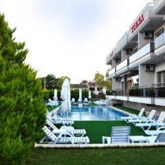 Suena Hotel Чешме бассейн