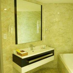 Отель Golden Peak Resort & Spa Камрань ванная фото 2