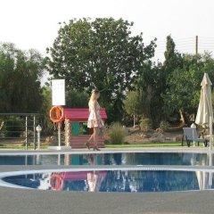 Royal Blue Hotel Paphos детские мероприятия фото 2