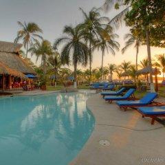 Bahia del Sol Beach Front Boutique Hotel бассейн фото 3