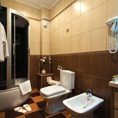 Гостиница Моцарт в Краснодаре 5 отзывов об отеле, цены и фото номеров - забронировать гостиницу Моцарт онлайн Краснодар ванная