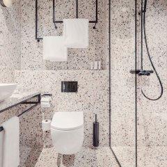 Отель Blique by Nobis Швеция, Стокгольм - отзывы, цены и фото номеров - забронировать отель Blique by Nobis онлайн ванная фото 2