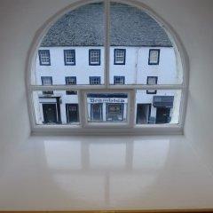 Отель Brambles of Inveraray балкон