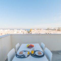 Отель Exclusive Penthouse Terrace & Garage балкон