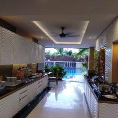 Отель Aqua Resort Phuket питание фото 3