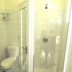 Отель Skyblue Beach Apartments Сент-Винсент и Гренадины, Остров Бекия - отзывы, цены и фото номеров - забронировать отель Skyblue Beach Apartments онлайн ванная