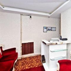 The Queen Hotel удобства в номере