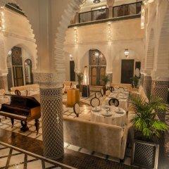 Отель Dar Si Aissa Suites & Spa Марокко, Марракеш - отзывы, цены и фото номеров - забронировать отель Dar Si Aissa Suites & Spa онлайн интерьер отеля