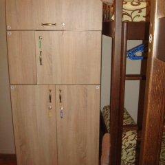 Хостел Севен сейф в номере фото 2