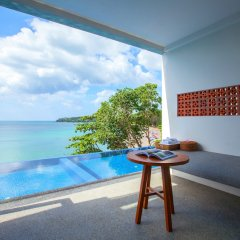 Отель Surin Beach Resort спа