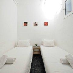 Отель Nice Sensation Барселона комната для гостей фото 3