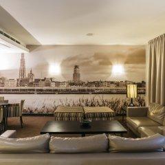 Astoria Hotel гостиничный бар