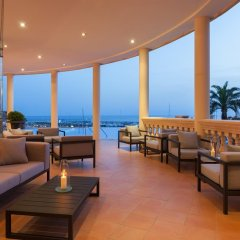 Pure Salt Port Adriano Hotel & SPA - Adults Only гостиничный бар