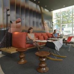 Отель Ibis Lisboa Parque das Nações Португалия, Лиссабон - отзывы, цены и фото номеров - забронировать отель Ibis Lisboa Parque das Nações онлайн интерьер отеля фото 2