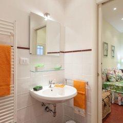 Отель Rental In Rome Portico Ottavia Garden Италия, Рим - отзывы, цены и фото номеров - забронировать отель Rental In Rome Portico Ottavia Garden онлайн ванная фото 2