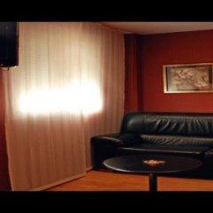 Отель Villa De Barajas Испания, Мадрид - 8 отзывов об отеле, цены и фото номеров - забронировать отель Villa De Barajas онлайн развлечения