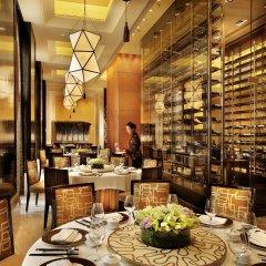 Four Seasons Hotel Macao at Cotai Strip питание