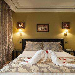 Hotel Le Caspien сейф в номере