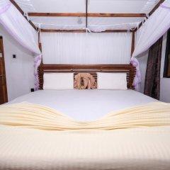 Отель Negombo Village сейф в номере