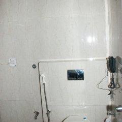 Отель South Indian Hotel Индия, Нью-Дели - отзывы, цены и фото номеров - забронировать отель South Indian Hotel онлайн ванная фото 2