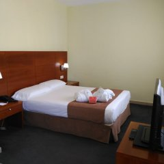 Отель Silken Torre Garden Мадрид комната для гостей фото 5