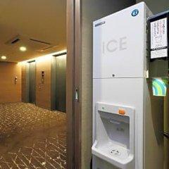 Отель Keio Presso Inn Tokyo Station Yaesu банкомат
