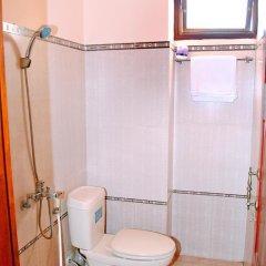 Отель Golden Leaf Homestay ванная