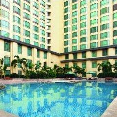 Отель New Coast Hotel Manila Филиппины, Манила - отзывы, цены и фото номеров - забронировать отель New Coast Hotel Manila онлайн бассейн фото 3