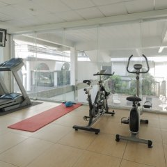 Отель Boss Mansion Бангкок фитнесс-зал фото 2