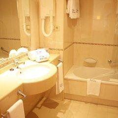 Отель Maruxia Испания, Эль-Грове - отзывы, цены и фото номеров - забронировать отель Maruxia онлайн ванная