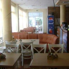Отель Family Hotel Diana Болгария, Поморие - отзывы, цены и фото номеров - забронировать отель Family Hotel Diana онлайн питание