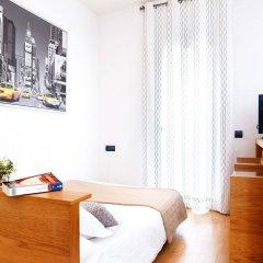 Отель Feelathome Bonavista Apartment Испания, Барселона - отзывы, цены и фото номеров - забронировать отель Feelathome Bonavista Apartment онлайн комната для гостей фото 5