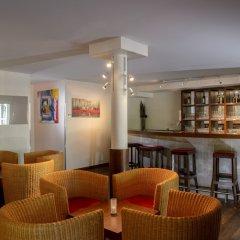 Apart-Hotel Zurich Airport гостиничный бар